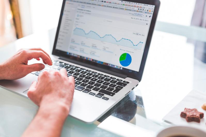 ¿Cómo crear una estrategia de SEO eficaz?