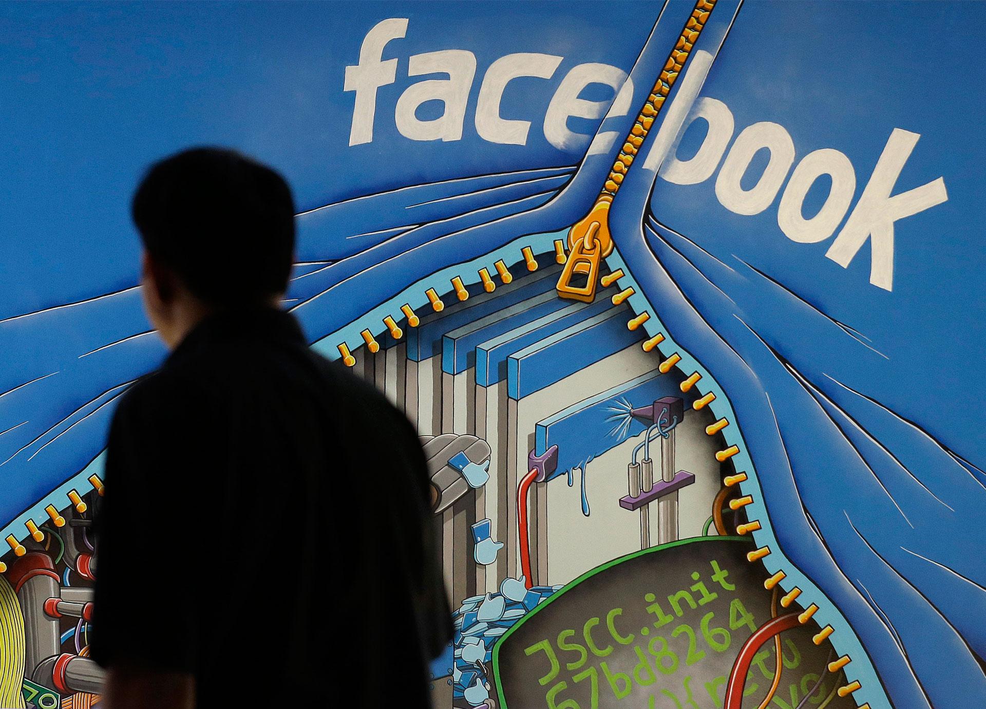 Revelan lo que Facebook permite y prohíbe al moderar los comentarios de los usuarios