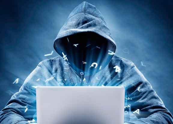 6 de cada 10 chilenos no hacen trámites por internet por temor a ser hackeados
